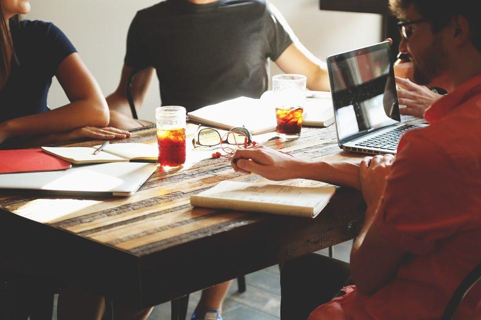 Meeting kultúra váltás